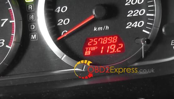OBDSTAR-X300M-change-Mazda6-mileage-16