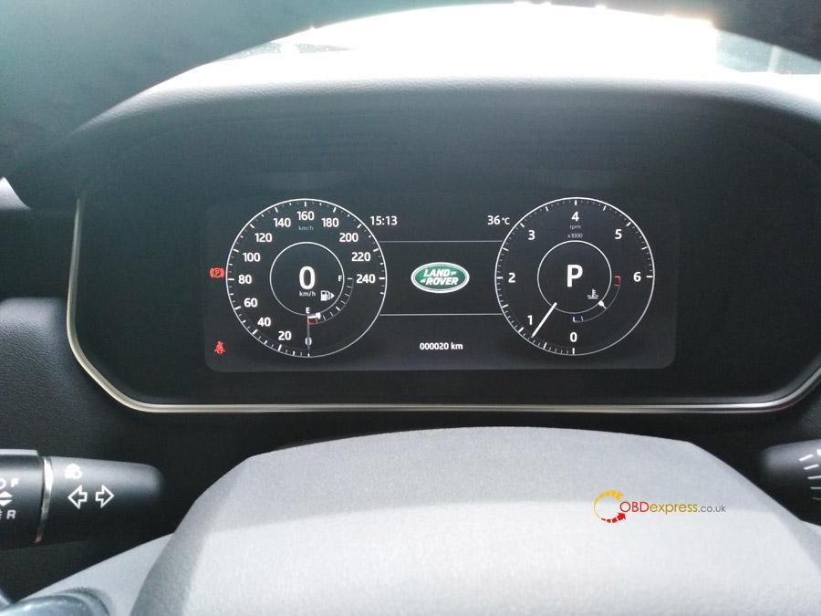 Land-Rover-06