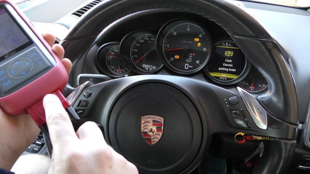 Xtool X100 Pro2 2006 Porsche 911 997 Mileage Programming 02